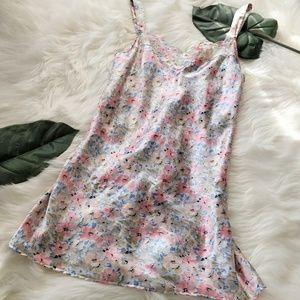 VTG VANITY FAIR Floral Pink Blue Nightgown Sz M
